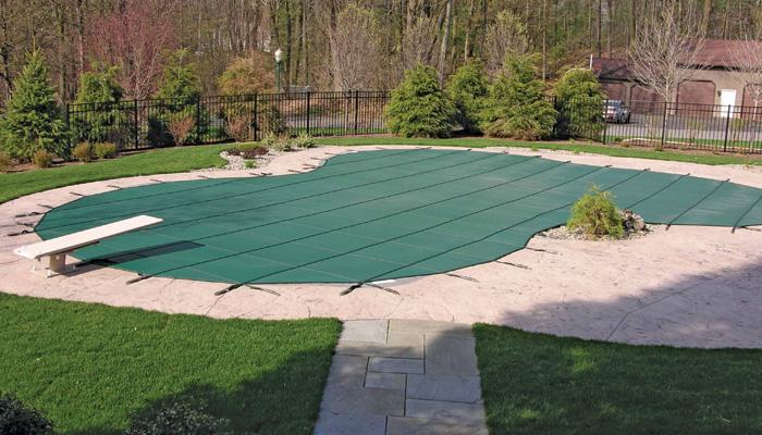 Professional swimming pool service